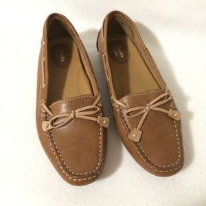 Clarks Artisan Driving Mocs Tan Leather Loafers